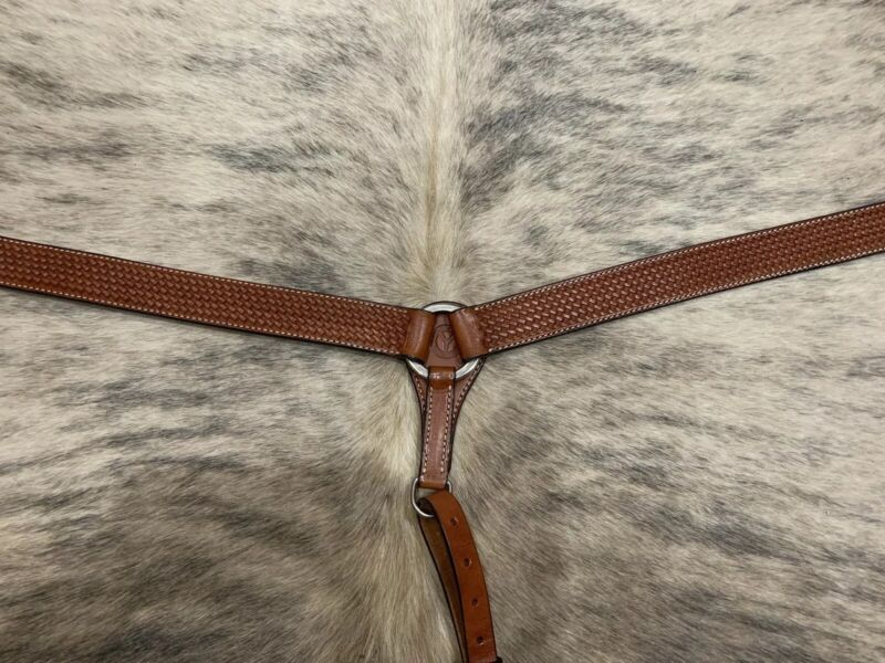 New With Tags Circle Y Horse Regular Oil Basketweave Breast Collar