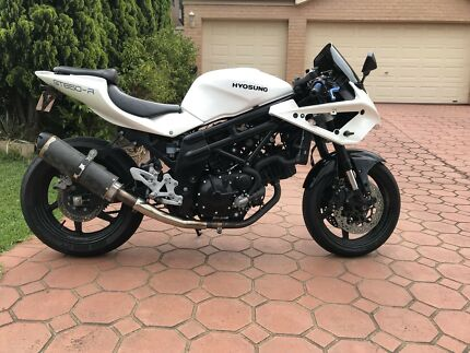 2013 LAMS Hyosung GT650R EFI Very low kms 12 months rego