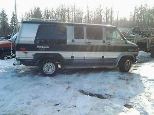 1987 Chevrolet G20 Van Minivan, Van