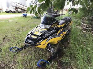 2005 Polaris Switchback 700