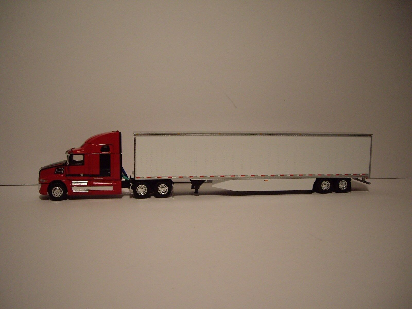 DCP 1/64 RED AND BLACK WESTERN STAR 5700XE W/T 68'' SLEEPER AND DRY VAN TRAILER 1