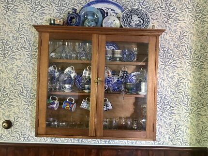 antique display cabinet scottish masterpiece must sell