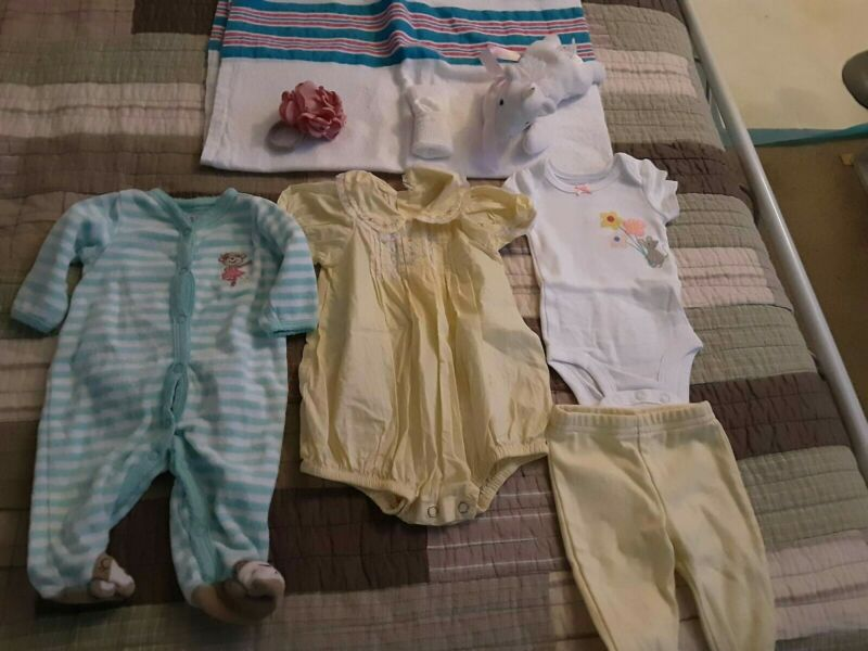 REBORN DOLL CLOTHING LOT  (NEWBORN SIZE/GIRL)