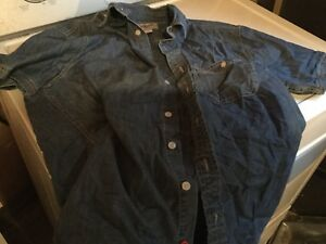 Men's medium Roots short sleeved jean button up shirt.