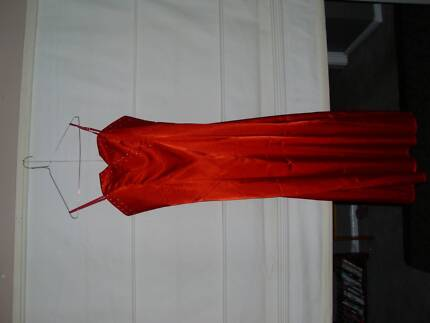 Long satin dress Queanbeyan Area Preview