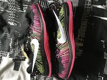 Nike Flyknit free runs womens size 7.5US Merrimac Gold Coast City Preview