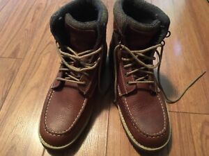 Brand New Bass Raven Leather Boots