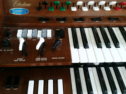 Home  piano for sale