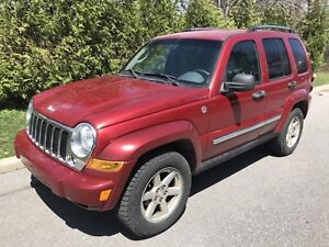 2006 Jeep Liberty Limited...tour equippee, AC Froid