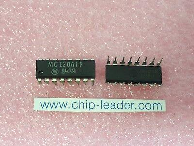 1x Motorola Mc12061p Ic Clock Generator Cmos Pdip-16