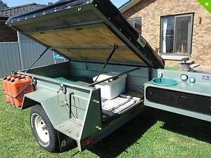 Semi off road camper trailer Thornton Maitland Area Preview