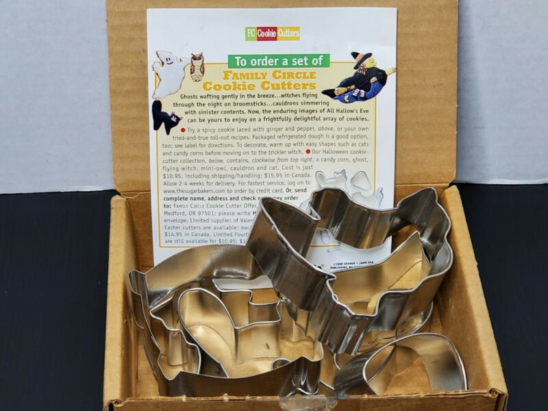 Family Circle Halloween Cookie Cutters 1998 Tin Metal