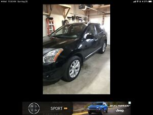 2013 NISSAN ROGUE SL - ONE OWNER - NON SMOKER