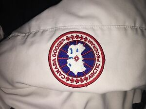 Size extra small white Canada goose for sale!