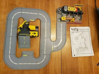 Vintage Hot Wheels Play Set Combo: Car Crusher, Service/Cafe , World Track