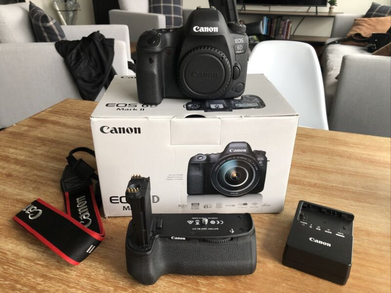 Canon EOS 6D Mark II 26.2MP Digital SLR Camera & Canon Battery Grip