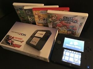 Nintendo 2DS Bundle w/ 4 Games ***SMASH BROS INCLUDED***