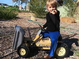 Kids ride on dump truck South Fremantle Fremantle Area Preview