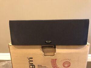 Paradigm CC-370 centre speaker
