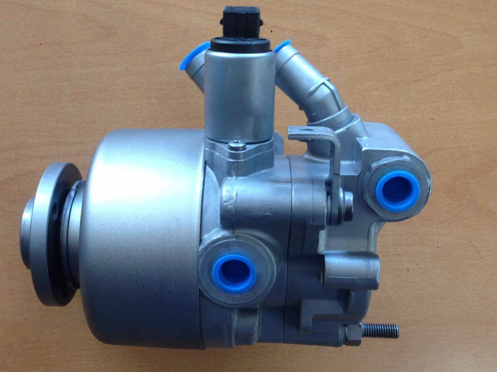 Used Mercedes-Benz SL500 Power Steering Pumps and Related