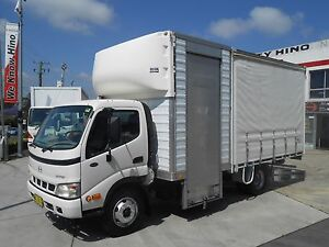 2006 Hino Dutro 8500 Tautline Pan/Curtain Truck Pan Old Guildford Fairfield Area Preview