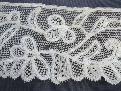 """Vtg Antique WIDE Tape Lace on Net Scalloped Edge Flowers Leaves 4.25""""X102"""""""