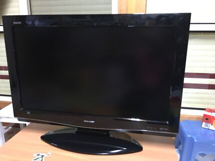 LCD HDTV digital Sharp Aquos very good picture fully Working