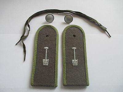 NVA 1 paar Schulterstücke  Bausoldaten