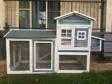 Small chicken coop Cooroy Noosa Area Preview