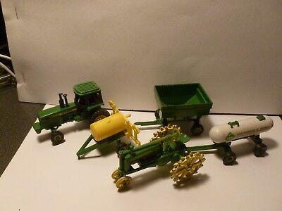 ERTL FARM TRACTOR AND IMPLEMENT SET- 2 TRACTORS,GRAIN CART, SPRAYER & TANK