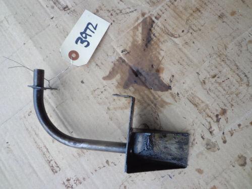 John Deere R transmission oil pump tube AR440R