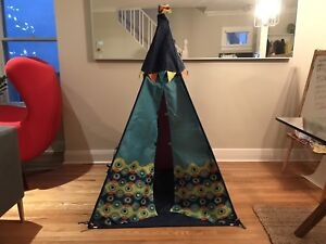 Play tent - Excellent condition!