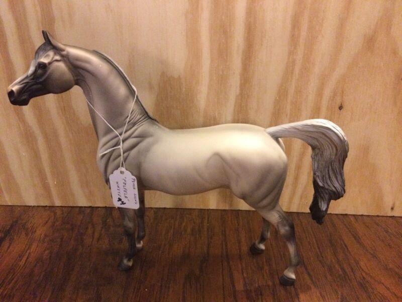 Peter Stone Horse Model Named Felfela-White From 2007