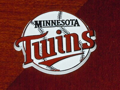 MINNESOTA TWINS Vintage Old MLB RUBBER Baseball FRIDGE MAGNET Standings Board (Minnesota Twins Rubber)