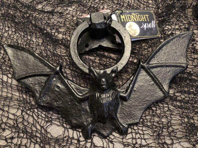 """9 1/2"""" Metal Bat Door Knocker Halloween Decor Gothic Haunted House Prop Vampire"""