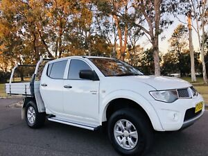 2012 Mitsubishi Triton GLR 4x4 Dual Cab Diesel Turbo AUTO aluminium Moorebank Liverpool Area Preview