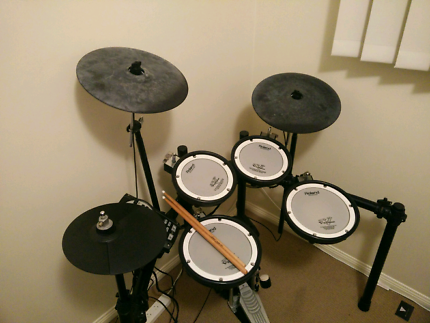 Roland TD-11KV V-drum - Electric kit Mesh heads PERFECT CONDITION