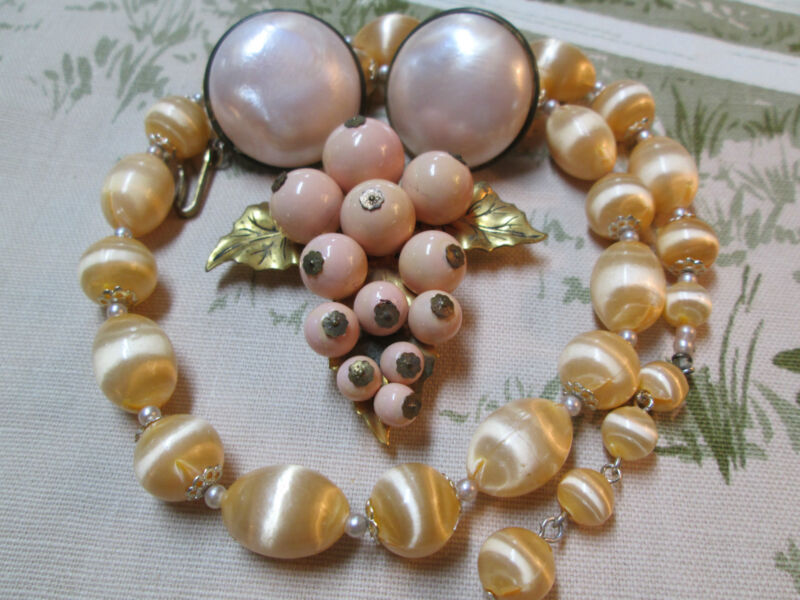 Vintage Art Deco Celluloid Bead Clasp Brooch Pearly Pink Earr/Neck. Jewelry Lot