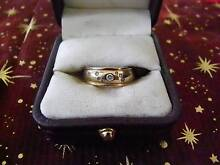 MEN'S PINKY RING A STUNNING 7 DIMONDS 9 CAT GOLD RING Taree Greater Taree Area Preview