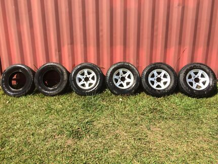 Alloys with tyres, suit most 6 stud 4WD/Delica Doon Doon Tweed Heads Area Preview