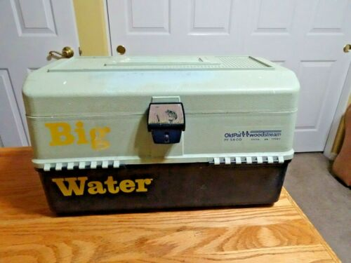 vintage OLD PAL PF 5400 Tackle Box w LUREs TACKLE Spinners Leader & more
