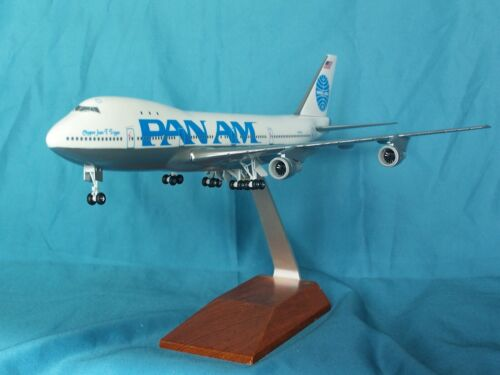 PAN AM AIRLINES  Boeing 747-100   SKYMARKS EXECUTIVE DESK MODEL