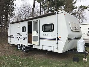 2001 COACHMAN 27' WITH 14' SLIDE OUT