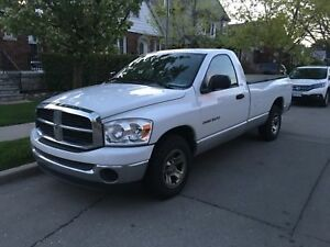 2007 Dodge Ram 1500 8' Long Bed