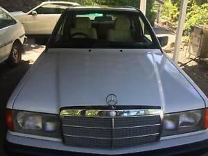 1992 Mercedes-benz 180 E 1.8 4 Sp Automatic 4d Sedan