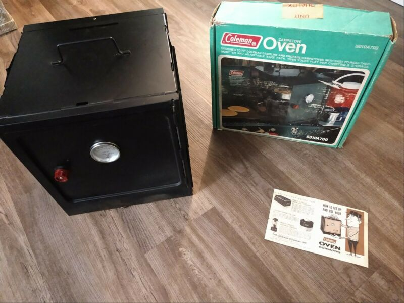 Coleman Camp Stove Oven Model 5010A700 with original box Excellent Condition!!