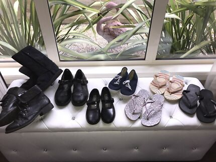 """VARIETY OF 8 PAIRS OF GIRLS SHOES """"EX COND"""" $45 FOR THE LOT!!!"""