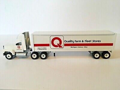 Quality Farm & Fleet Stores Muskegon Mi.1990 Winross 1/64th Scale Truck Model
