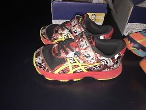 Toddler Boys Running shoes - size 8, $10