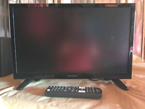16' flat tv with remote